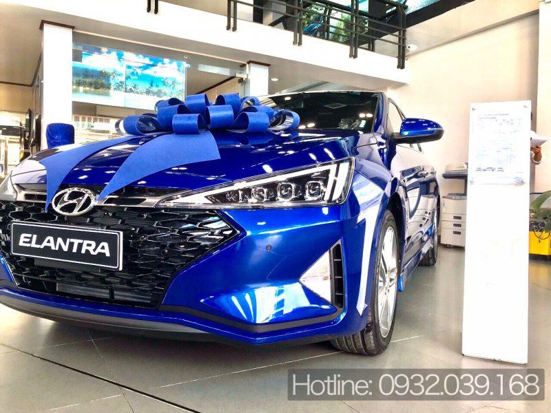 Xe Hyundai Elantra 2020 khuyến mãi đến 30 triệu đồng