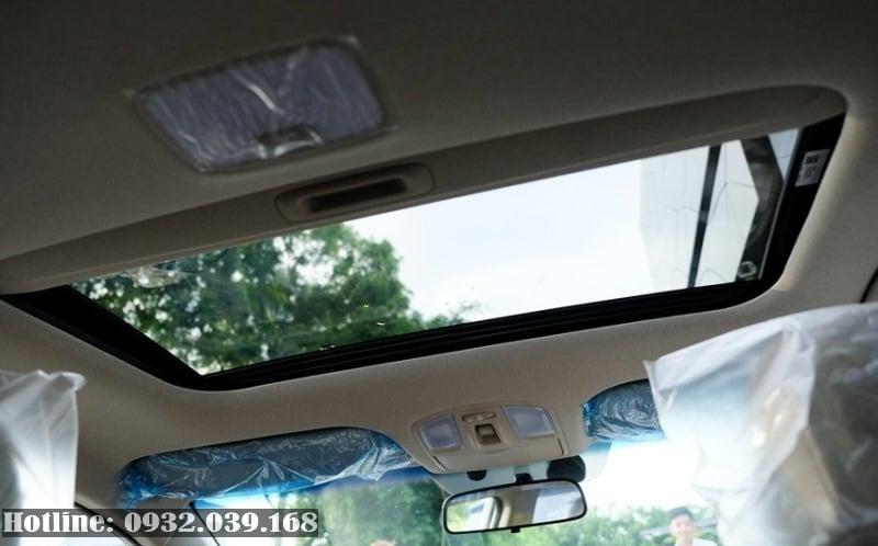 giá ra biển Hyundai Elantra 2020 số tự động