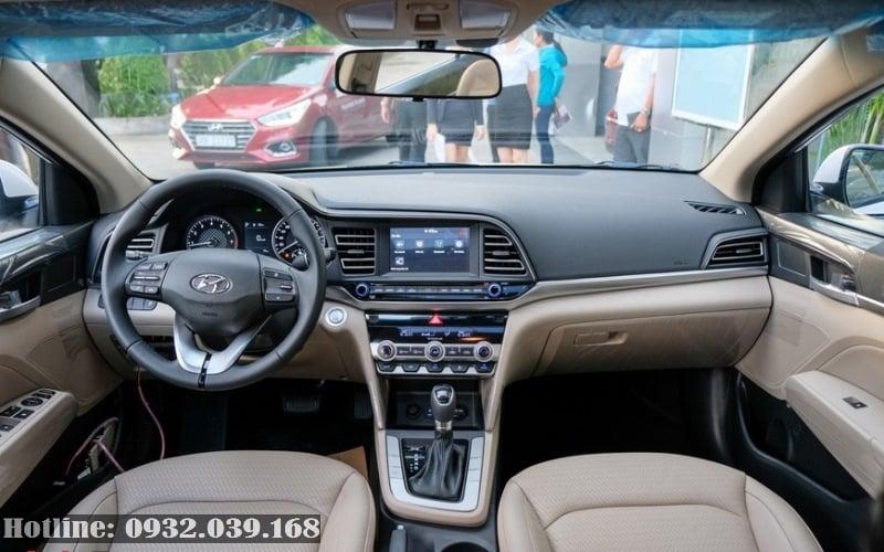 Nội thất xe Hyundai Ealnatra 1.6 số tự động 2020
