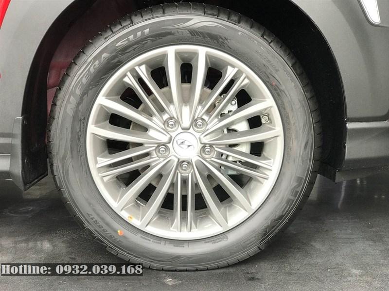 Lazăng 17 inch trên Hyundai Kona bản thường 2020
