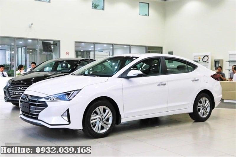 Hyundai Elantra facelift 2019 bản 1.6AT